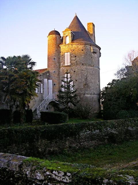 chateau_de_laudardiere